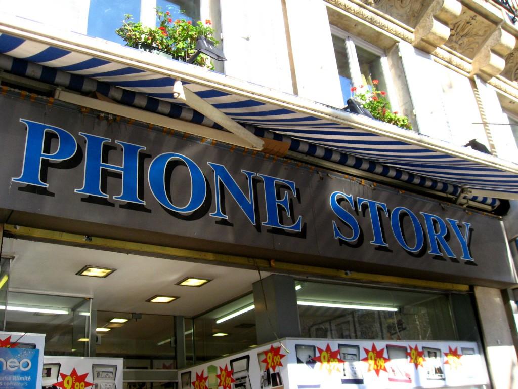Paris phone story