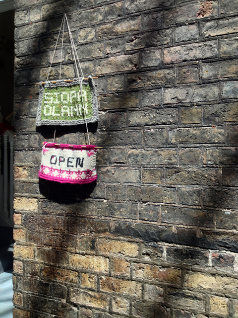 Knitted signs