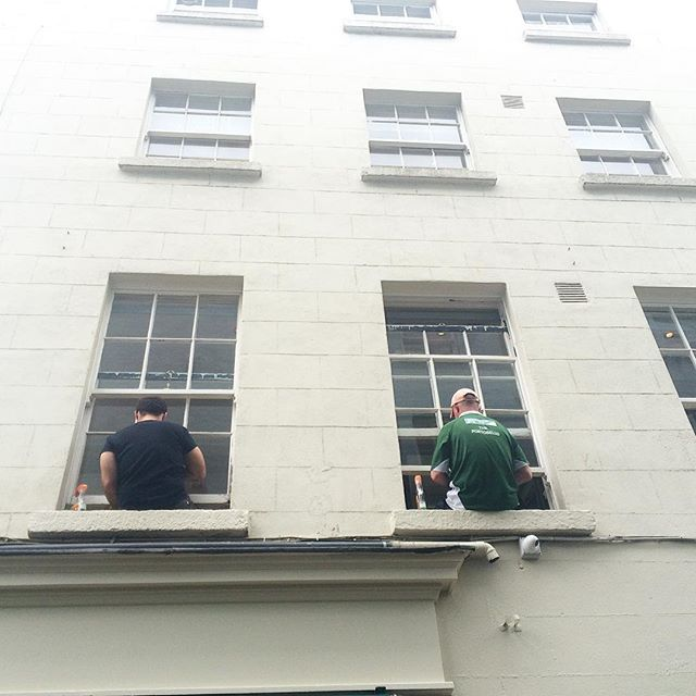 Window washing, Dublin 2