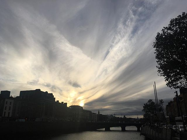 Some sweeping sky ce soir #blog #dublin